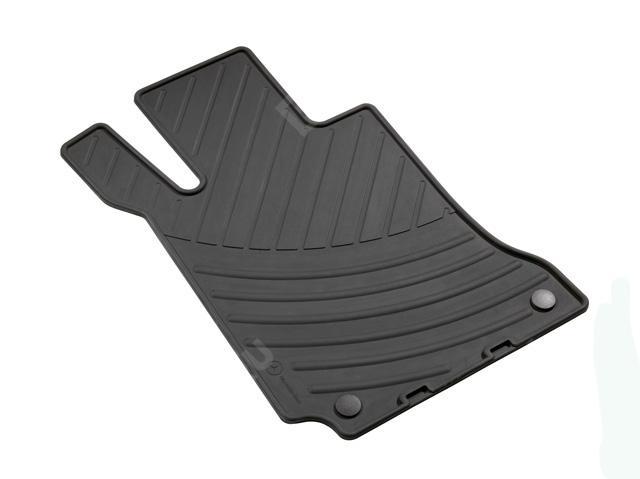 Комплект резиновых ковров салона, черные A20468043489G33