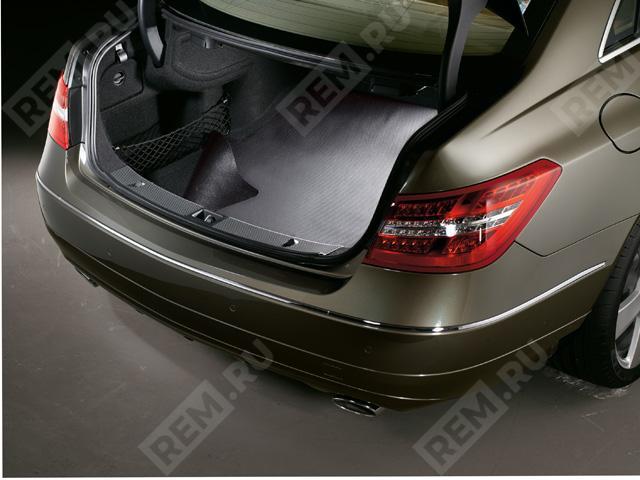 Ковер в багажник противоскользящий (купе) A2076840005