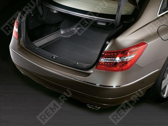 Поддон в багажник (купе) A2078140041