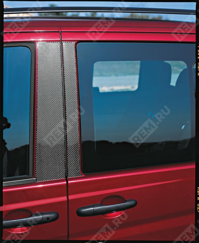 Накладки на стойки дверей, карбоновые B66560900