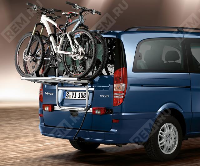 Крепление для 3-го и 4-го велосипеда на дверь багажника B66560457