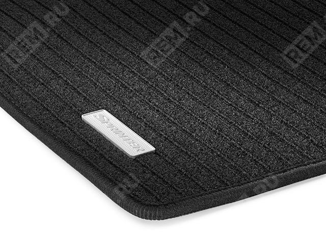 Ковры салона текстильные передние, черные, 1 сиденье пассажира (без H00) B66560953