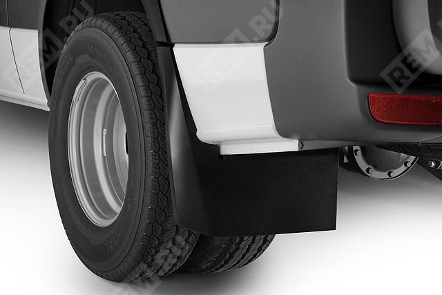 Брызговики задние, сдвоенные колеса B66560782