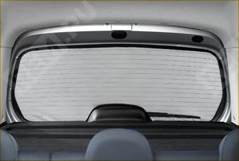 Шторка солнцезащитная заднего стекла 9659ET