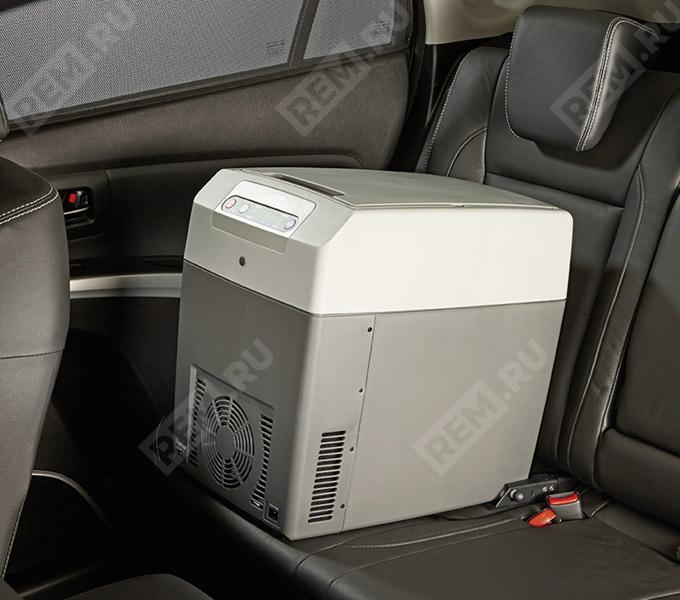 Холодильник Suzuki, 21 литр (с креплением Isofix) 990E064J23000