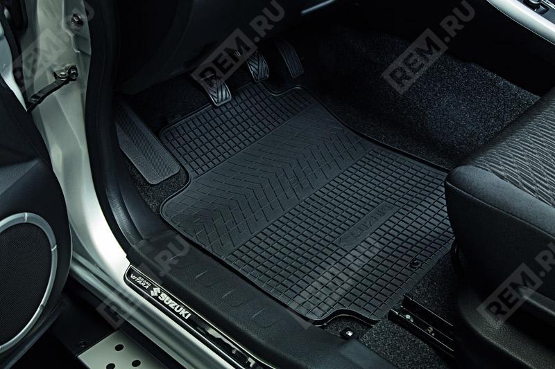 Комплект резиновых ковров салона 990E064J10000