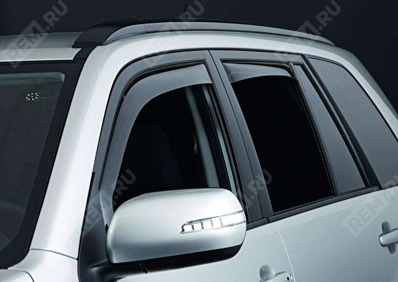 Фото Дефлекторы окон задних дверей 990E065J20000