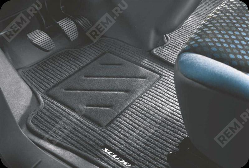 Комплект текстильных ковров салона (Combi 5/6 мест) 71803664