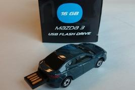 Фото USB-накопитель в форме Mazda3, 16 Gb 830077727
