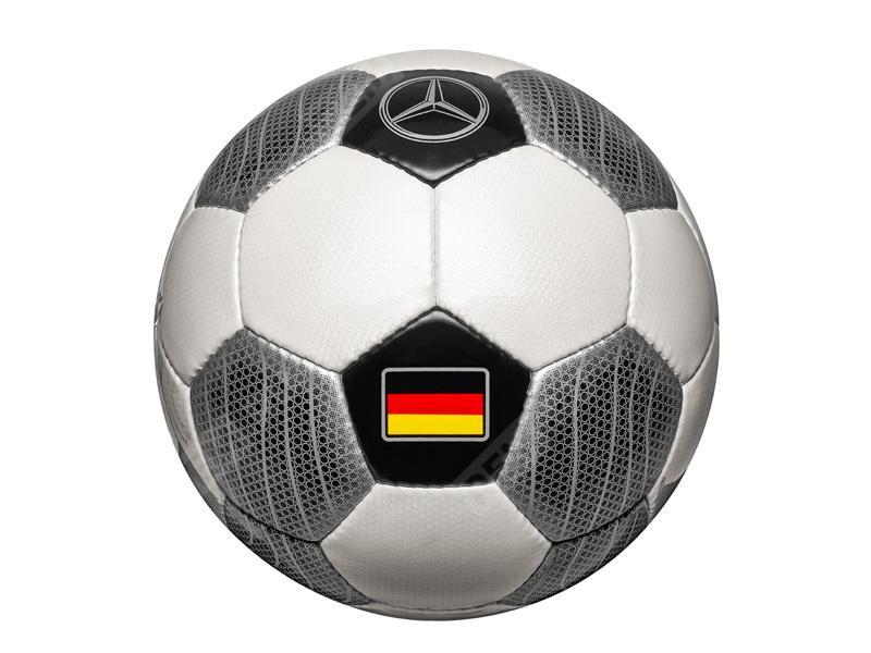 Фото Футбольный мяч, Германия B66958593