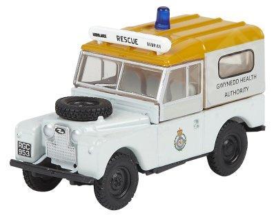 Фото Модель автомобиля Land Rover Series 1 Gwynedd Health WT, Scale 1:76, White LBDC545WTA