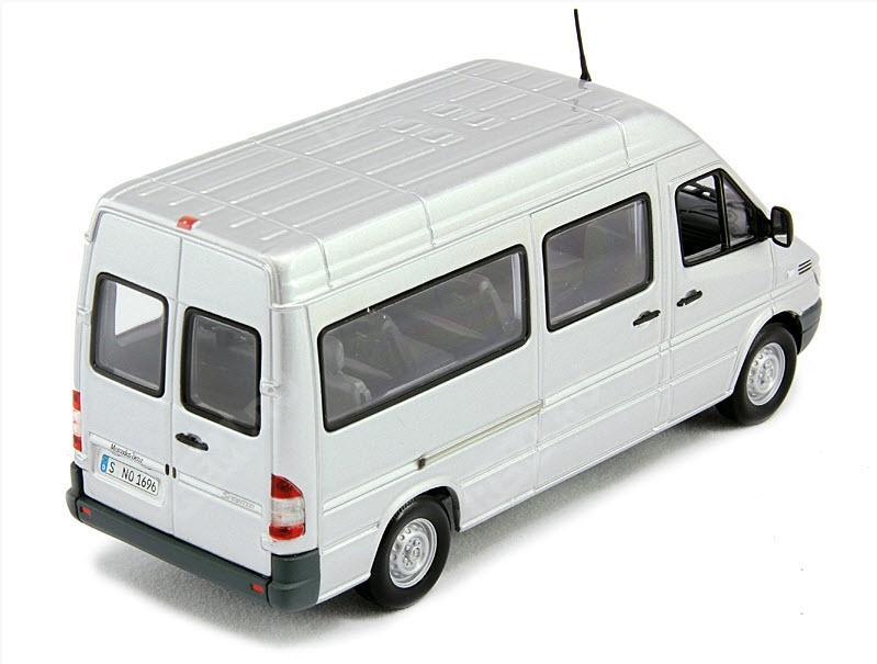 Модель Mercedes-Benz Sprinter Classic , Scale 1:43, Silver B67871065