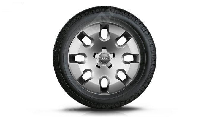 Фото Колесо в сборе R15 с колпаком, Michelin Alpin A4, левое 8X0073615B8Z8