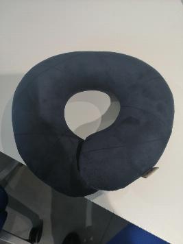 Фото Подушка для путешествий, синяя R8480AC596H