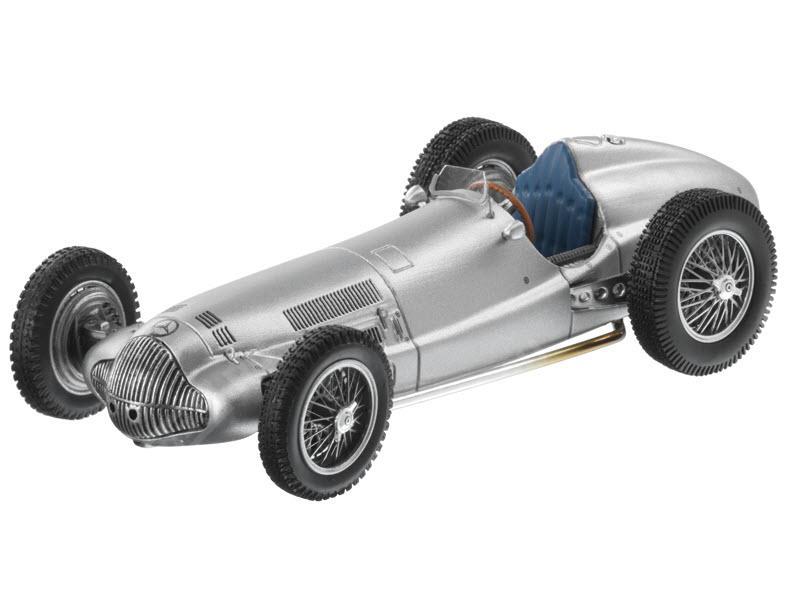 Модель авто гоночного автомобиля 1938 год, 1:43 B66040438
