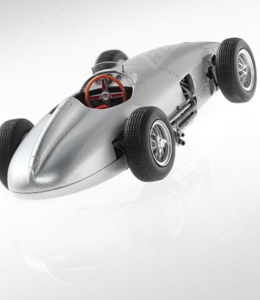 Модель авто гоночного автомобиля 1954 год, 1:43 B66040584