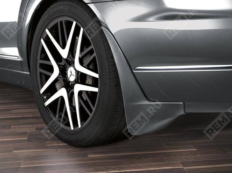 Брызговики задние Mercedes-Benz, грунтованные B66528255