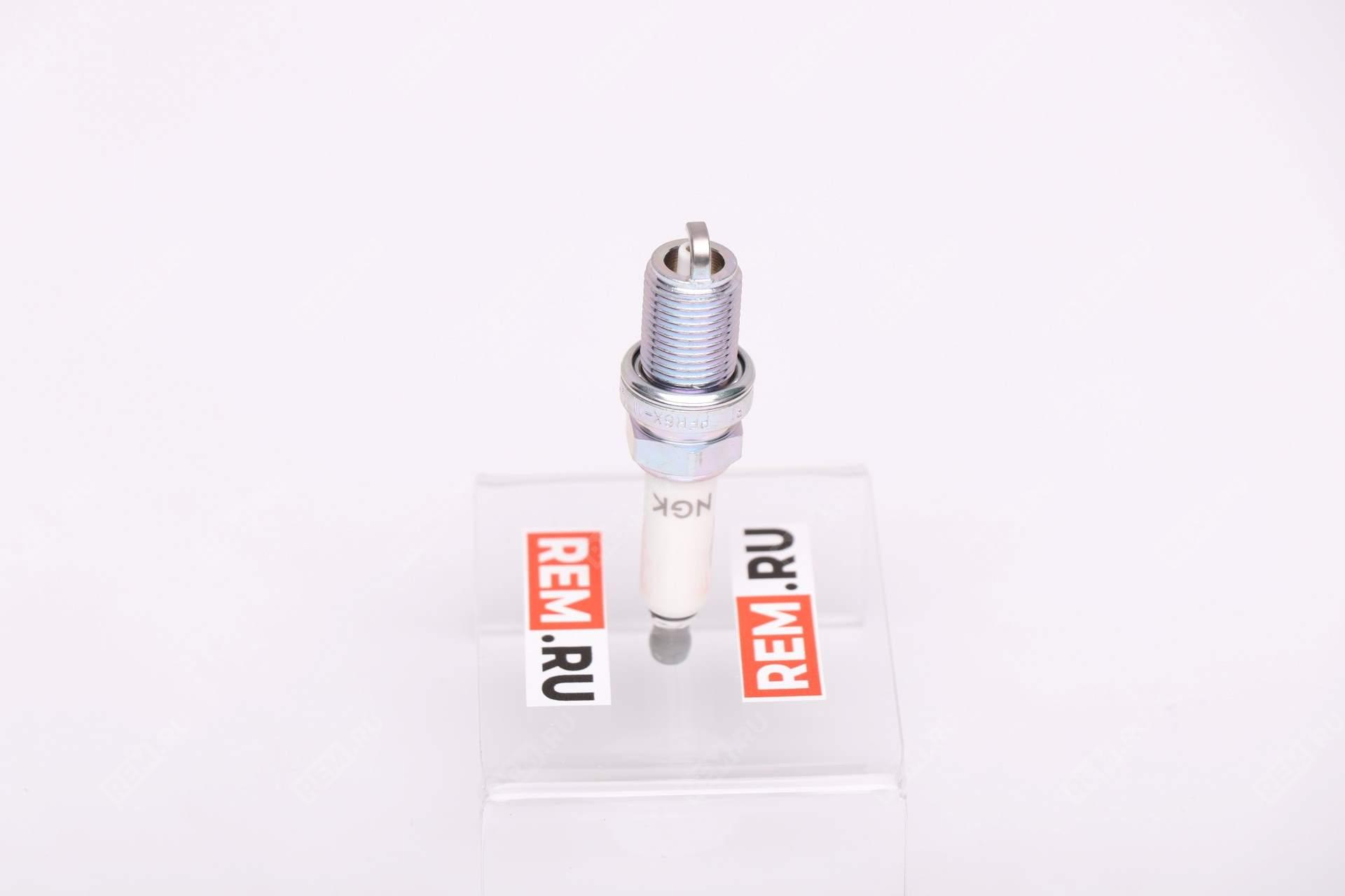 Свеча зажигания 101905611A