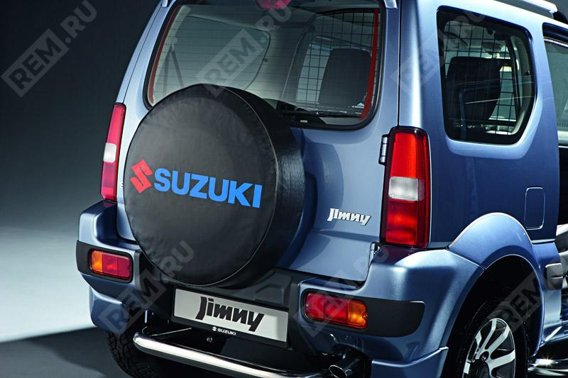 Чехол запасного колеса мягкий, черный с красно-синим логотипом 99000990YB700