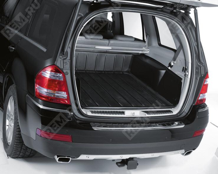 Поддон для багажного отделения Mercedes B66680079