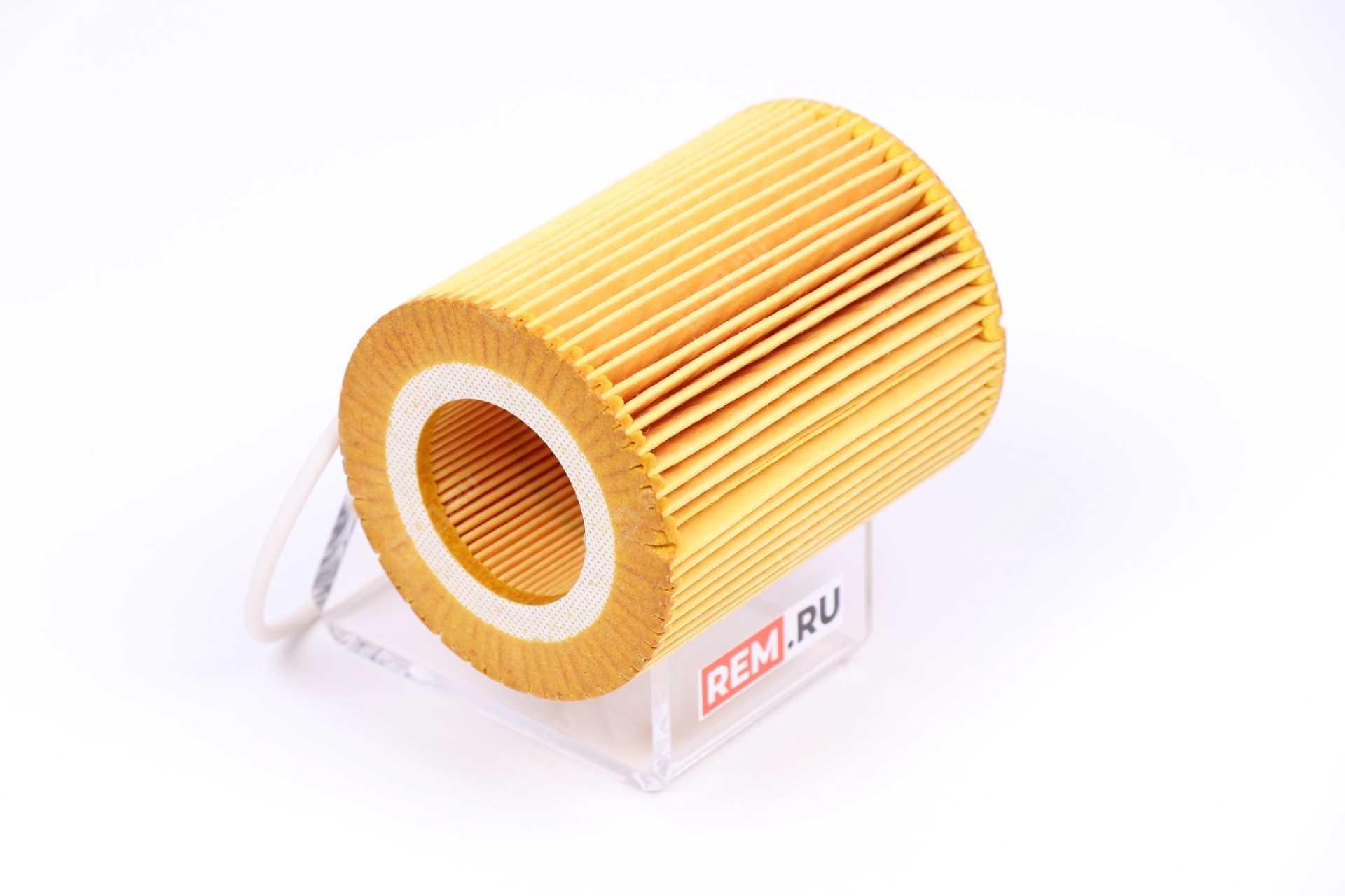 Фильтр масляный двигателя 30750013