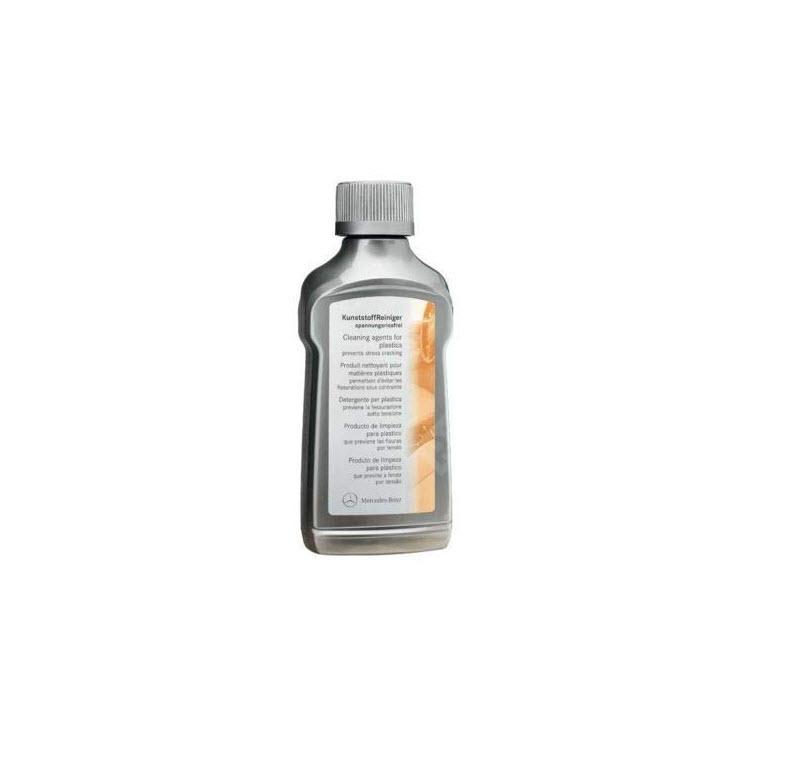 Очиститель для пластиковых поверхностей салона Mercedes  A0019869471