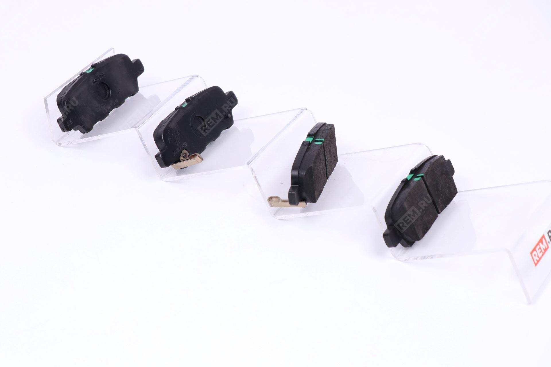Колодки тормозные задние D4M601BN0A
