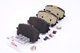 Фото Комплект передних тормозных колодок A0004203802
