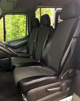 Фото Комплект чехлов стандартного видительского и пассажирского сиденья B6909881607