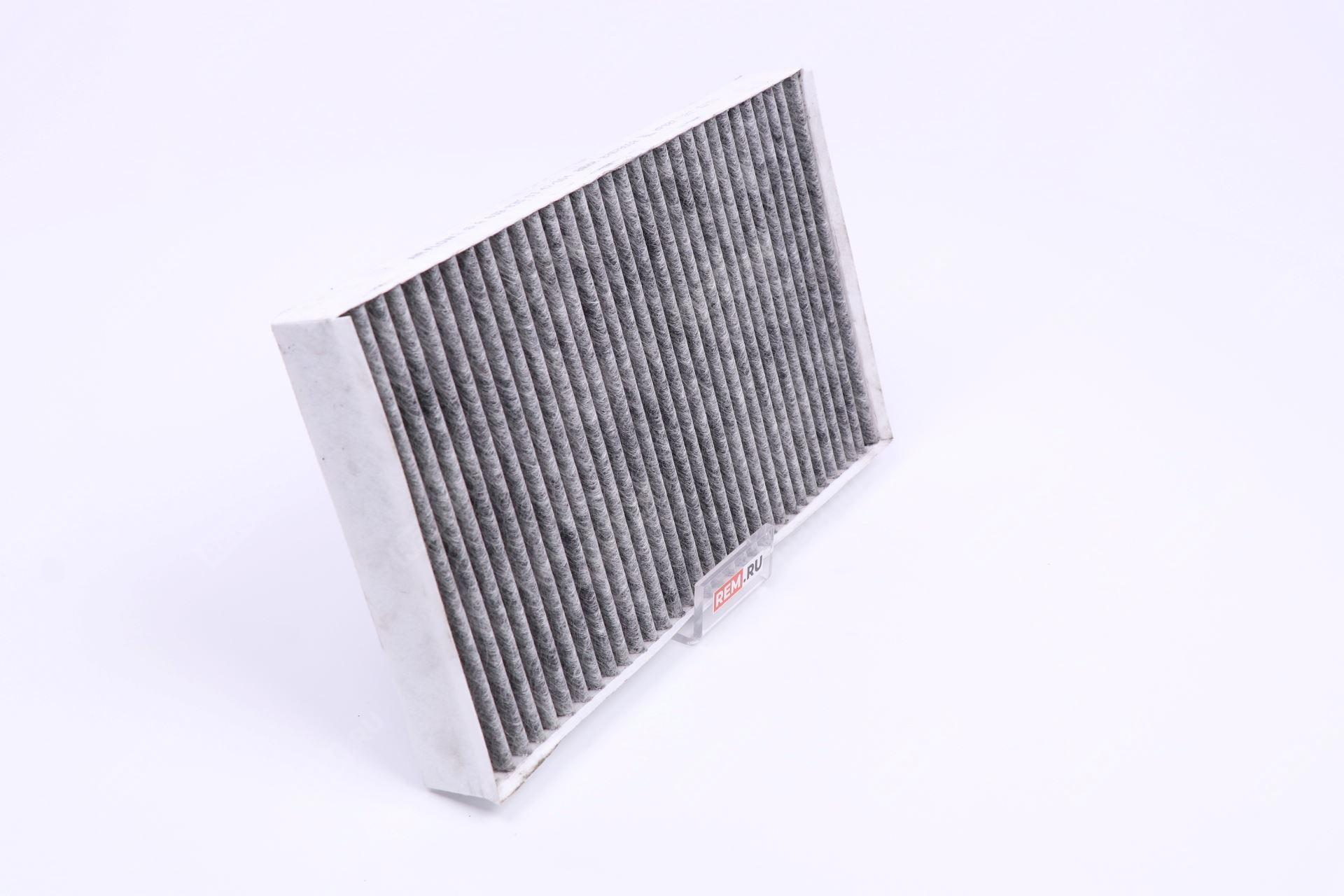 Фильтр салона угольный A6398350347