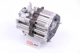 Насос масляный двигателя A6561802500